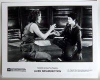 エイリアン4(シガーニー・ウィーバー&ウィノナ・ライダー) US版オリジナルプレス写真